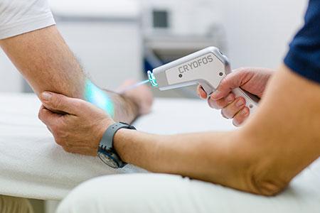 ORTHOLIST - Wir bieten moderne orthopädische, unfallchirurgische und sportmedizinische Behandlungsmethoden, um die Funktionalität Ihrer Gelenke, Muskeln und Bänder wieder herzustellen oder zu erhalten.